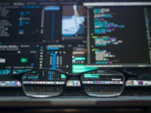 coding-computer-data-depth-of-field-577585 (1)